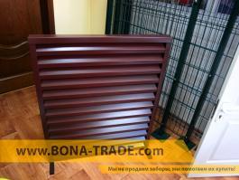 Забор жалюзи коричневого цвета