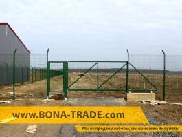 Откатные ворота и калитка для забора из сетки