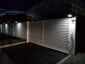 Забор жалюзи с подсветкой