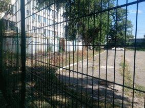 Ограждение школьного двора и спорт площадки_14
