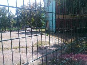 Ограждение школьного двора и спорт площадки_16