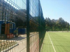 Забор для футбольного поля из металла_10