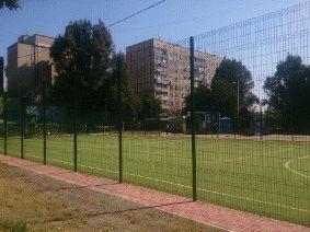 Забор для футбольного поля из металла_3