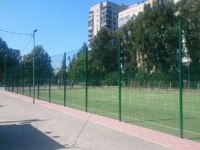 Забор для футбольного поля из металла_7