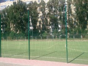 Забор для футбольного поля из металла_8