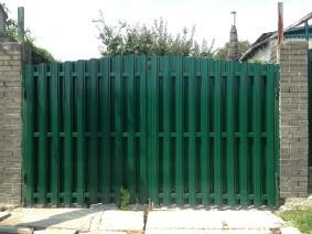 ворота из металлического штакета