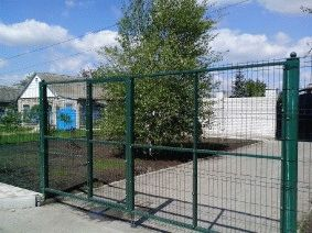 Распашные ворота из сетки_1