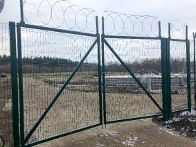 Распашные ворота из сетки