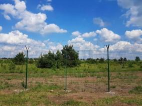Секционный забор из сварной сетки для ограждения охраняемых территорий