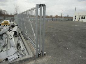 Опорная рамка откатных ворот